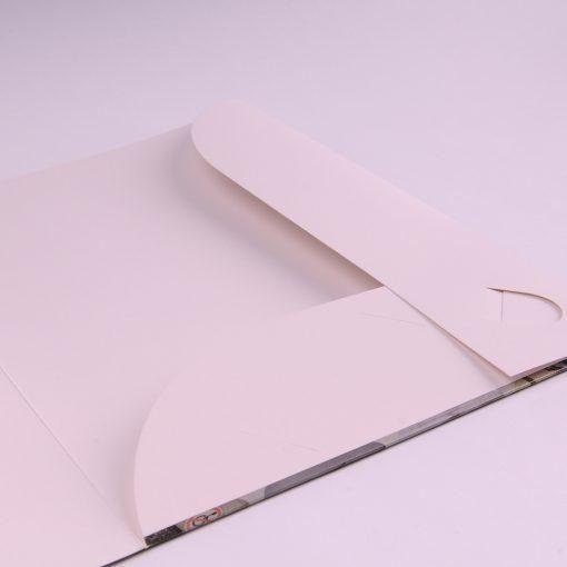 Папки на плотной бумаге 300 г/м2